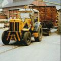 31_2700_Hanomag Traktor im Kaltwalzwerk Nahmer Hoesch um 1970