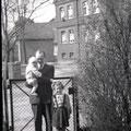 46_2693_Im Hintergrund ist der Alte Reher Weg 1951