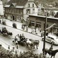 19_2779_Iserlohner Str. Festzug 17  1955  Bild J. Eisermann