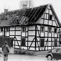 49_1506_Haus an der unteren Wesselbach, Ecke Herrenstr. beim Abbruch 04.1978. Wahrscheinlich gehörte das Haus zu den 7 Kurfürsten.