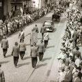 19_2771_Festzug Stennertstr. 2  1955  Bild J. Eisermann