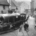 32_654_Nahmer Kleinbahn am Kronenburgplatz um 1901