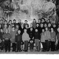 62_2992_Klassenfoto Heideschule um 1965 mit Lehrer Kutschke