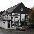 142_2685_Fachwerkhäuser in Hlbg