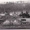 14_2987_Abriss Amtshaus, Heimatmuseum Anfang 1954, im Hintergrund der alte Wochenmarkt und die Mühlenbergstr.