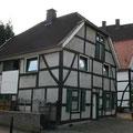142_2681_Fachwerkhäuser in Hlbg