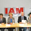25 Jahre Institut für Arbeitsmigration am 15. Oktober 2015; Obmann Dr. Farhad Paya, Projektleiterin Mag.a Mariola Egger, AMS-Geschäftsführer Franz Zewell und LAbg. Ines Obex-Mischitz