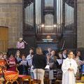 Merci à l'organiste, aux instrumentistes, choristes...