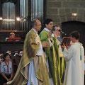 La messe était présidée par le P. Etienne de Beauregard, ordonné fin juin pour la Communauté Saint Martin