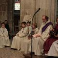 Les servants d'autel étaient nombreux en ce dimanche matin