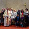 L'assistance réunie à la messe à l'issue de laquelle fut remis le chèque