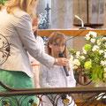 Chloé lors de la Prière Universelle