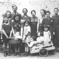 La famille Boucher en 1942 (Jean-Dominique est le 2e à partir de la droite)