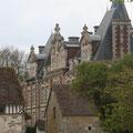Le château d'Aché est en vue