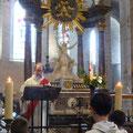 L'Evangile est proclamée par le diacre Jean-Marie Poussin