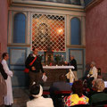 Temps de prière à l'intérieur de la chapelle