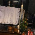 sont disposées devant l'autel