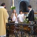 Remise du cierge de baptême à William