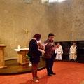 Maximilienne et Béatrice de Catheu animent la prière