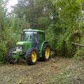 Débroussaillage de terrains boisés