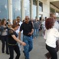 Andrea Gollin war am Strand von Tel Aviv, Israel, und fragte sich: »Darf man am Shabbat eigentlich tanzen?«