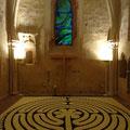 Das Labyrinth spiegelt uns als Symbol und in der Erfahrung des Begehens unsere eigenen Lebenserfahrungen...  (hier: Evangelische Stadtkirchengemeinde Rosbach v.d.H. - Kooperation in Erwachsenenbildung und Seelsorge)