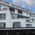 Hausverwaltungen schwören auf ERHARDT Qualitätsprodukte. Abb. zeigt ERHARDT Markisen am Altenpflegeheim Dr. Wilkenning, Hameln