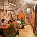Weinkeller Conne in Chexbres im Weinbaugebiet Lavaux am Genfers © Schweiz Tourismus/Hans-Peter Siffert