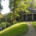 Historisches Karussell im Stadtpark Hanau-Wilhelmsbad
