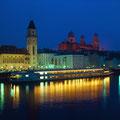 Schifffahrt in Passau bei Nacht © Passau Tourismus e.V.