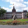 Schloss Philippsruhe - Vorderseite