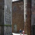 Im Innenhof von Schloss Steinau.