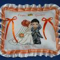 """cuscino rettangolare """" SPOSA BACIO"""" arancio"""