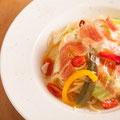 生ハムと季節野菜のペペロンチーノ