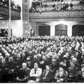 9 novembre 1937 - Meeting à l'intérieur du Waux-Hall, rue de Charleroi.
