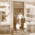 Boucherie Deprez au début de la rue de Soignies (collection famille Deprez)