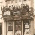 """Chez """"Zélie"""" (la femme sur le balcon) - Brasserie des Alliés"""