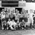 Une équipe de football lors de l'inauguration de la plaine des Sports en 1938
