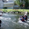 Sonntag: Flussdurchquerung