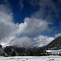 Tiefe Woken ziehen über das Laliderer Tal