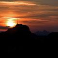 Sonnenaufgang hinter dem Hohen Kasten