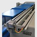 Automatischer Schutztürantrieb elektrisch als Option lieferbar.