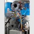 C-Achse mit hydraulisch einschwenkbaren Antrieb und hochgenauer Winkelmessung.