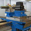 4-fach Horizontalrevolver und Bohrstangenklemmlager auf eine Nullpunktspannsystem montiert.