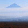 浮いてるみたいな富士山