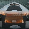 Vista de proa del Sunseeker Predator 92