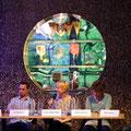 Stückemarkt tt11 - Autorentisch vor Wimpelvitrine - Foto: Piero Chiussi