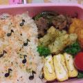 2010.8.2 ねむねむの朝のお弁当。おにぎりはお休み。