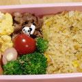 2011.4.7  ご飯炊いてない!冷凍チャーハン登場。