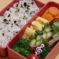 2012.11.13 市の行事でお弁当持ちの日。大好きなわかめご飯。